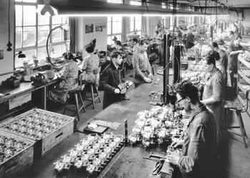 Historical picture showing the beginnings of carburettor production